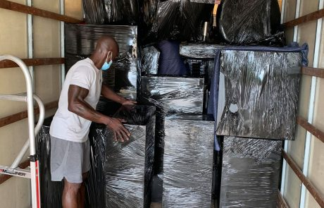 Olympic Moving Dallas Texas Movers Unloading Packages